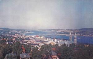 Vue sur le Saguenay , Chicoutimi , Quebec , Canada , 40-60s
