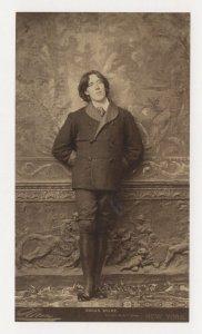 Oscar Wilde Book Author National Portrait Gallery Painting Postcard