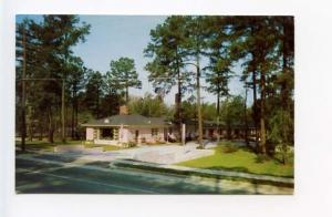 Columbia SC Forest Motor Court Motel on Two Notch Rd Old Car Postcard