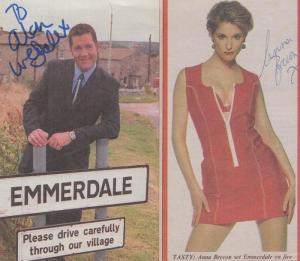 Tara Reynolds Anna Brecon Emmerdale Farm Hand Signed Please Read 2x Picture s