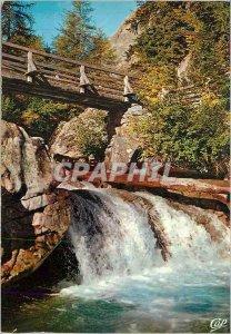 Postcard Modern Cascade