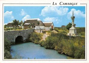 France la Camargue Cabanes et Croix de Guardians Bridge Pont
