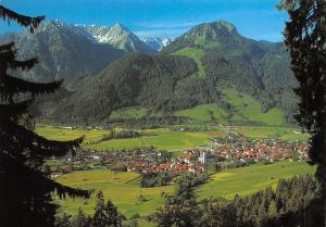 Hindelang im Oberallgaeu mit Breitenberg, Rotspitze und Imberger Horn
