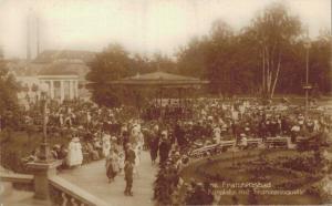 Czech Republic Franzensbad Kurplatz mit Franzensquelle 02.58