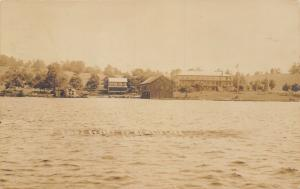 Hamlin Lake-Ludington Michigan~Rugg'ƨ Reƨort Hotel~Home & Boathouse~RPPC 1910