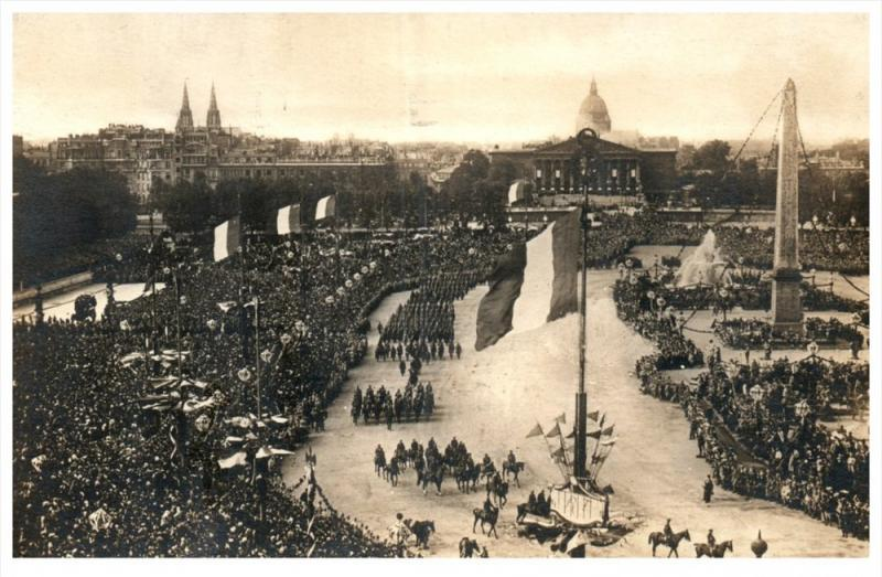 14639   Italy or Belgium 1919    Parade ?? Inauguration??  real photo