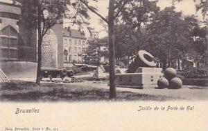 Cannon , Brussels , Belgium , 00-10s ; Jardin de la Porte de hal