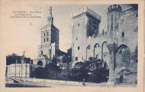 France Avignon Le Palais des Papes et la Cathedrale Notre-Dame des Doms