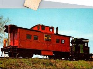 Trains Black River & Western Railroad Locomotive No 1 With Caboose No 200