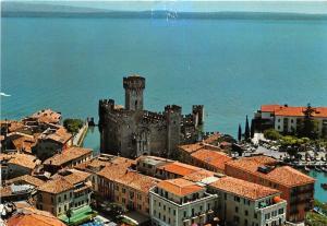 BG27951 sirmione castello scaligero  lago di gard   italy