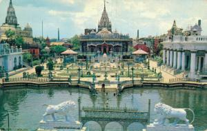 India - The Jain Temple in Calcutta 02.74