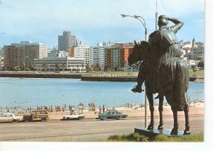 Postal 032413 : Montevideo (Uruguay). Monumento Nuevos Rumbos Playa Ramirez