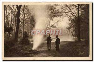 Paris Old Postcard The servants of the Bois de Boulogne