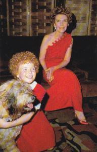 Nancy Reagan With Aileen Quinn Annie