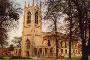 LIMITED EDITION Postcard GAINSBOROUGH Parish Church LINCOLNSHIRE