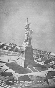 Statue of Liberty Post Card New York City, USA 1933