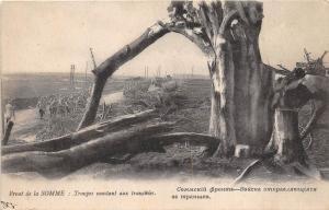 B17238 Front de la Somme Troupes montant aux tranchees ww1 military