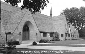 Oconomowoc Wisconsin~St Matthews Evangelical Lutheran Church~1960s RPPC