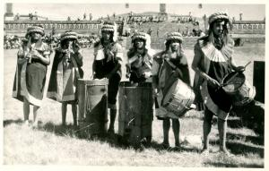 Mexico - Teotihuacan. Musicians.    *RPPC