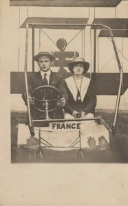 RP: Couple in Airplane Studo Prop , 00-10s