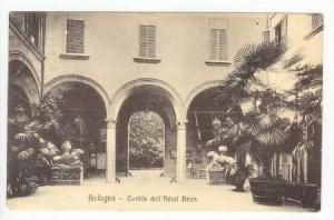 Bologna, Italy, 00-10s  Cortile dell'hotel Brun