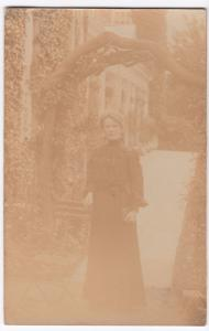 Social History, Widow in Mourning Dress RP PPC, c 1900's By A Perkins, Llandudno