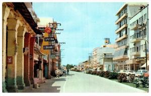 4843  Mexico Villahermosa   Maduro Ave, Signs, Cars