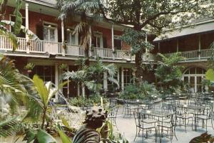 LA - New Orleans, Patio of Brennan's French Restaurant