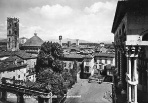 Italy - Lucca. Micheletti Garden Panorama    *RPPC