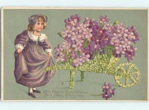 Pre-Linen christmas fantasy CUTE GIRL WITH WHEELBARROW MADE OF FLOWERS HQ6327