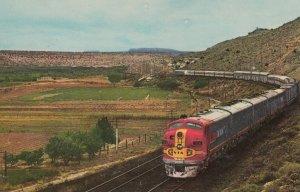 San Francisco Chief Train , Santa Fe Railroad , San Joaquin Valley , Californ...