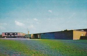 Connecticut Old Saybrook Junior-Senior High School