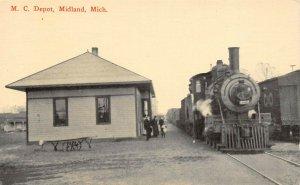 LPM32 Depot Midland   Michigan Postcard