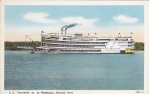 KEOKUK , Iowa , 30-40s ; Steamer S.S. President