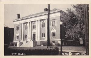 RP: City Hall , WASHINGTON , Missouri , 30-40s