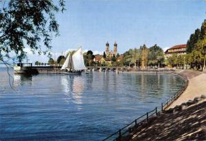 GG6990 friedrichshafen a bodensee uferpromenade mit schlosskirche    germany