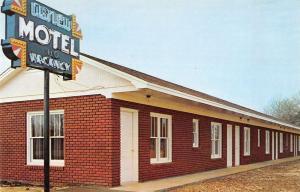 Baldwyn Mississippi birds eye view Agnew Motel vintage pc Z18594