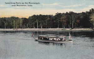 Launching Party on the Mississippi River, near  MUSCATINE, Iowa ,  00-10s