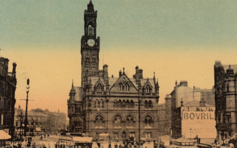 BRADFORD, Yorkshire, England, UK , 00-10s ; Town Hall Square ; TUCK 5901