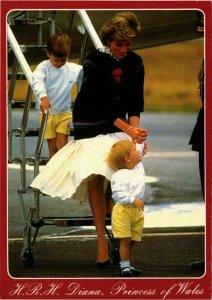 CPM AK Princess Diana,Prince William&Prince Harry BRITISH ROYALTY (836798)