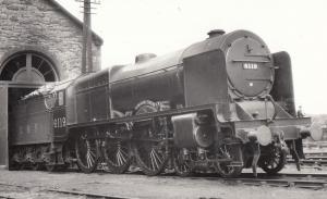 LMS Royal Scot Class 4-6-0 Train 46119 Lancashire Fusilier Train Photo
