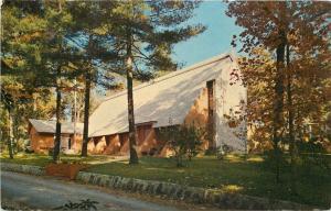 Hendersonville-Bon Clarken North Carolina~A R Presbyterian Chapel~1979 Postcard