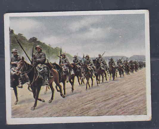 GERMANY TOBACCO CARD WWI 6x5 cms. SOLDIERS ON HORSES AAD5196