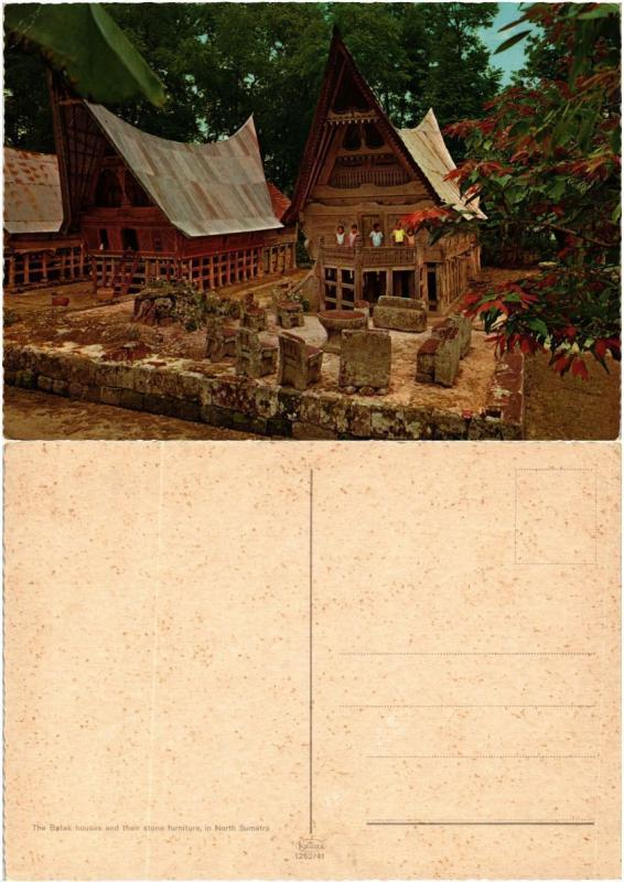 CPM  Indonesie - North Sumatra - Batak Houses and their Stone Furniture (694589)
