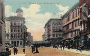 GRAND RAPIDS , Michigan , 1911 ; Campeau Square