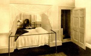 VA - Charlottesville. Monticello. Jefferson's Alcove Bed