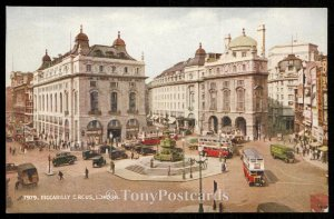 PICCADILLY CIRCUS,LONDON