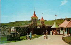 Storyland Valley Edmonton AB Humpty Dumpty Unused Postcard G50