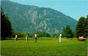 Golf Course Harrison Hot Springs BC Golfing Golfers Unused Vintage Postcard E59