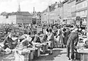 COPENHAGEN DENMARK DANEMARK-GAMMEL STRANDE-MARKET POSTCARD 1910s